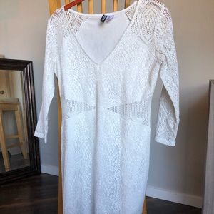 White Lace-Like 3/4 Sleeve Dress